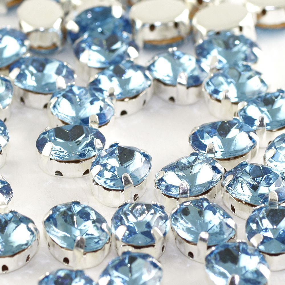 Sew On Diamante X 6. Oval - Aquamarine 10x8mm