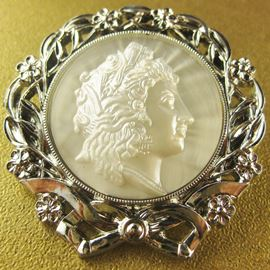 Cameo Brooch. Silver & White. 42mm