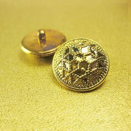 Embossed Star Button. Metallic Gold. 11mm / 17ligne