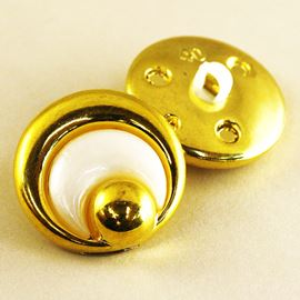 Crescent Button. Gold/White. 25mm / 39 Ligne