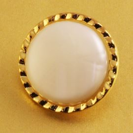 Forever Button. Gold/White Centre. 21mm / 34 Ligne