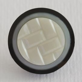 Wicker Weave Effect Button, Black & Ivory. 19mm