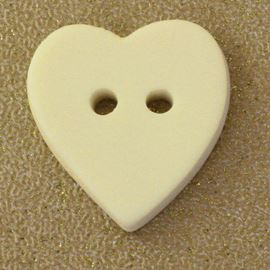 Heart Button. Ivory. 20x18mm