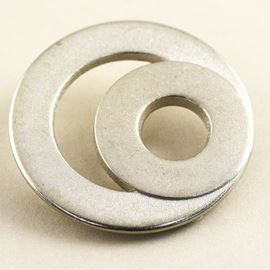 60's Chic Button. Silver. 28mm / Ligne 44