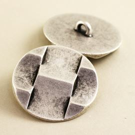 3d Geometric Button. Antique Silver. 28mm / Ligne 44
