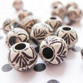 Plastic Bead With Bamboo Pattern - 10mm