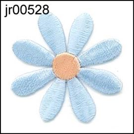 Baby Blue Daisy 39mm Iron-On Motif