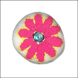 Padded Floral Button Brooch. 30mm