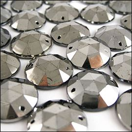 Sew On Acrylic Stones X10. Distressed Faceted - Round