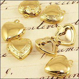 Gold Plated Heart Locket. 15mm.