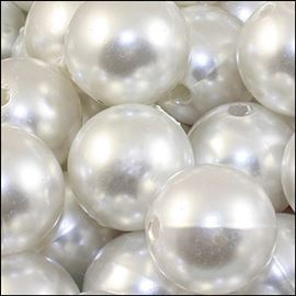 Plastic Bead - Pearly White 20mm