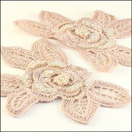Embroidered Lace Roses. 1 Pair - Antique Pink. 105mm